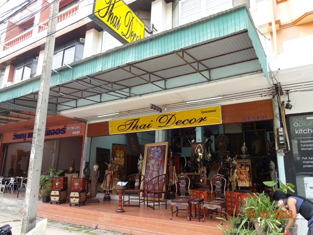 2 Units Shop for Rent: Studio Commercial for rent in Jomtien ฿35,000 per month