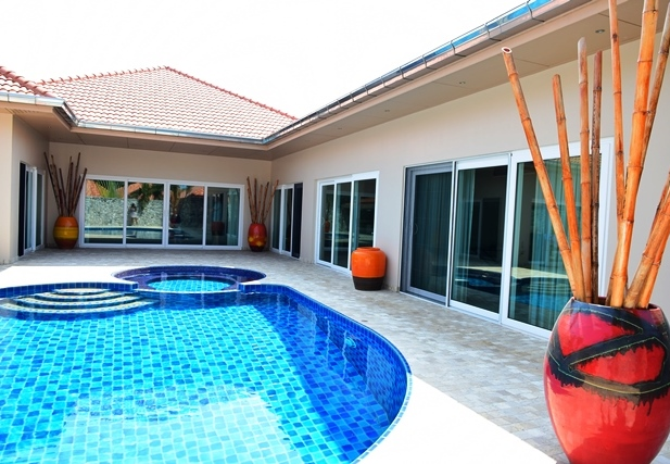 3 bedrooms house for sale in pratamnak hill