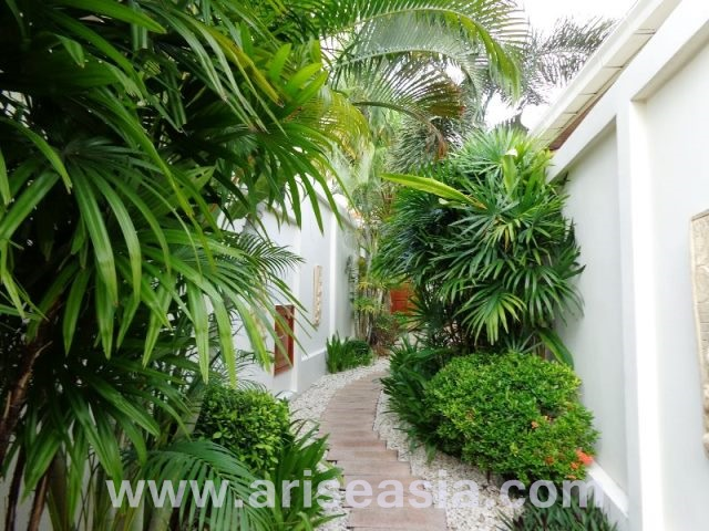 2 bedrooms house for sale in pratamnak hill
