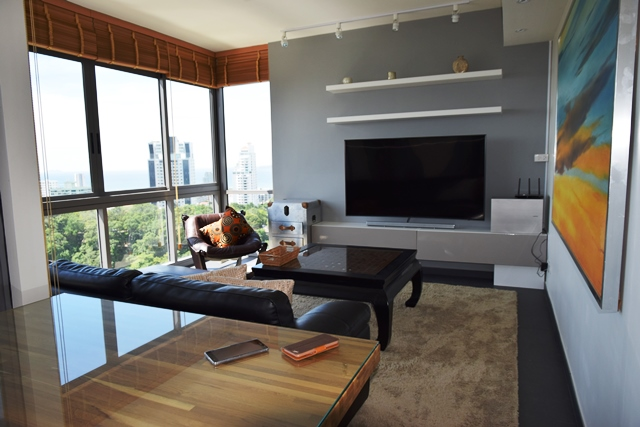 Unixx 2 Bed High floor: 2 Bedrooms Condo for sale/rent in Pattaya South ฿6,000,000 / ฿45,000 p/m